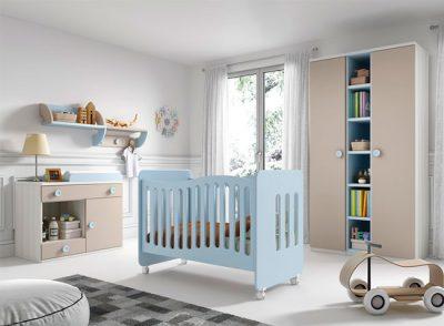Cuna con barandilla móvil y ruedas + cómoda cambiador para bebé
