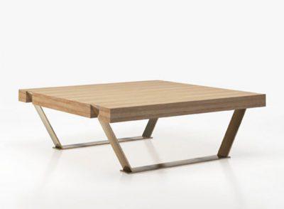 Mesa baja cuadrada para salón comedor en madera y patas de metal (Personalizable)
