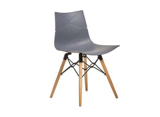 silla plastico gris patas madera nordico 612SI0092