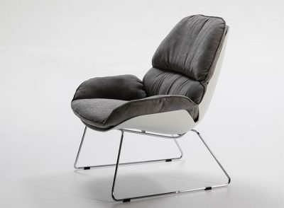Sillón gris moderno con patas en cromo
