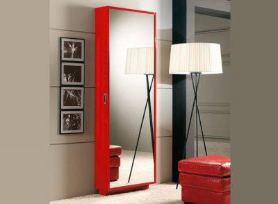 Zapatero estrecho y alto con puerta espejo
