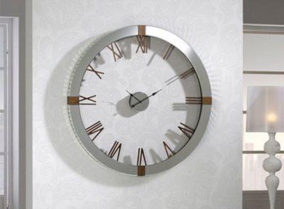 Reloj de pared moderno sin fondo para recibidor