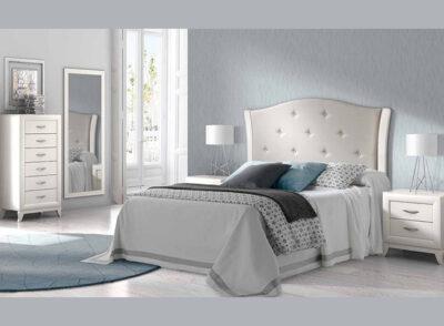 Cabecero tapizado blanco y mesitas con 2 cajones de estilo clásico (resto del mobiliario aparte)