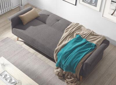 Sofá cama con apertura click clack con patas de madera