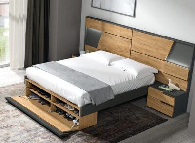 Dormitorio matrimonio con zapatero terminal y cabecero con luces led + mesitas con dos cajones