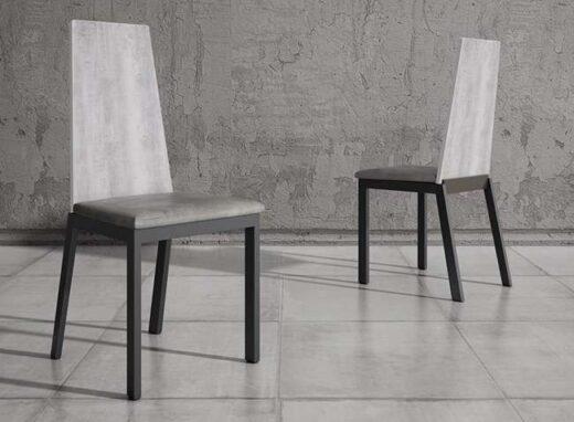 silla-con-respaldo-alto-madera-chapa-y-acolchada