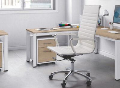 Silla de escritorio blanca de estilo moderno y respaldo alto