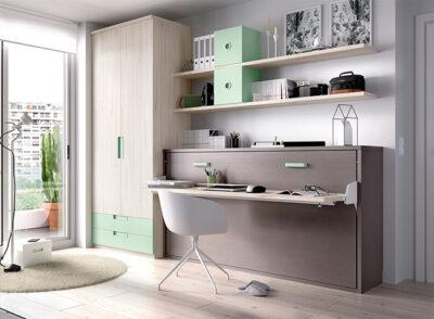 Dormitorio gris y verde menta con cama abatible, armario y zona de estudio