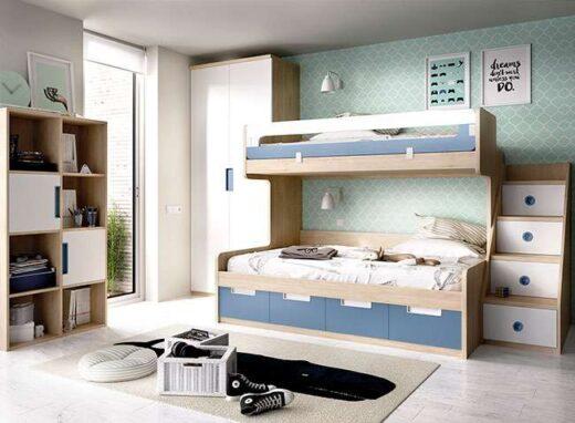 dormitorio-juvenil-azul-y-madera-con-litera-baja-de-matrimonio-armario-y-almacenaje