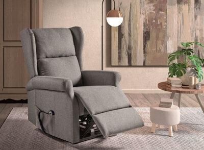 Sillón gris tapizado en microfibra con sistema relax manual