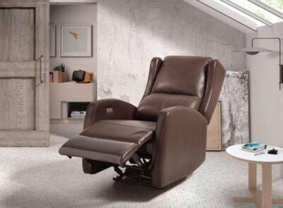 Sillón relax de piel marrón con motor eléctrico