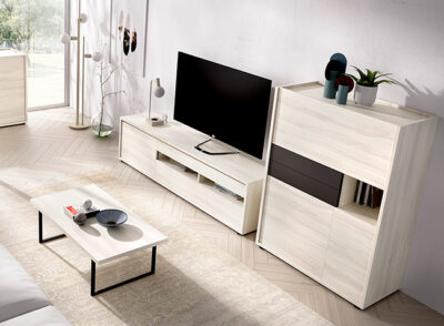 Mueble bajo TV blanco con almacenaje y vitrina a juego