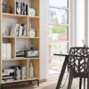 mueble-estanteria-salon-de-madera-estilo-noridico