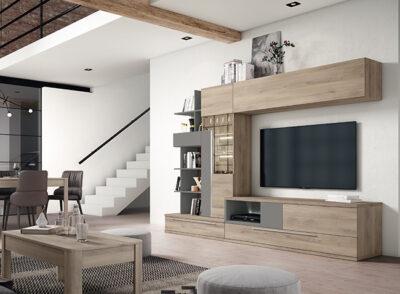Muebles de salón con mucho almacenaje bajo TV y vitrina acabado madera