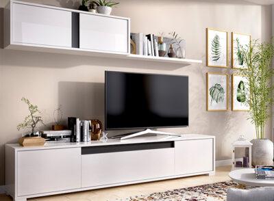 Muebles de TV blanco brillo con módulos colgantes y estante
