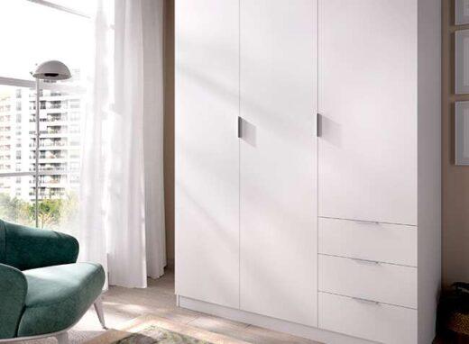 armario-blanco-mate-con-3-puertas-y-cajones-006dk128431