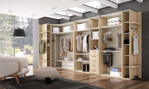 armario-vestidor-abierto-o-cerrado-de-rincon-madera-clara-y-blanco-040cretat062