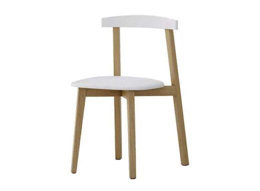 silla-nordica-blanca-y-madera-cocinas-escandinavas-032si20701