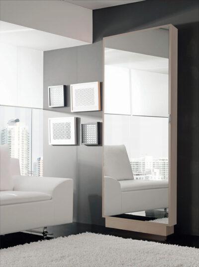 Zapatero alto con espejo vertical