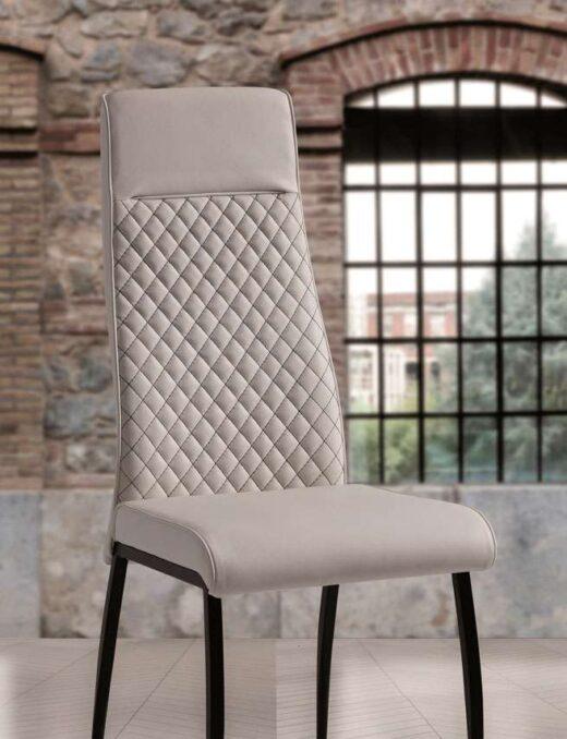 sillas-acolchadas-color-blanco-roto-054hexaa