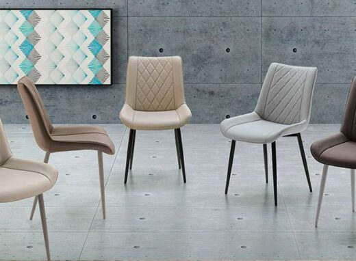 sillas-tapizadas-de-diseno-acolchadas-patas-negras-054romy