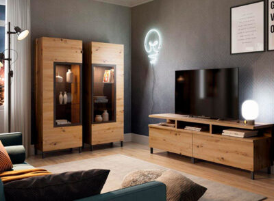 Vitrina industrial madera y negro